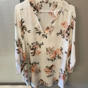 🌻 3/$35 Polyester Floral Tunic